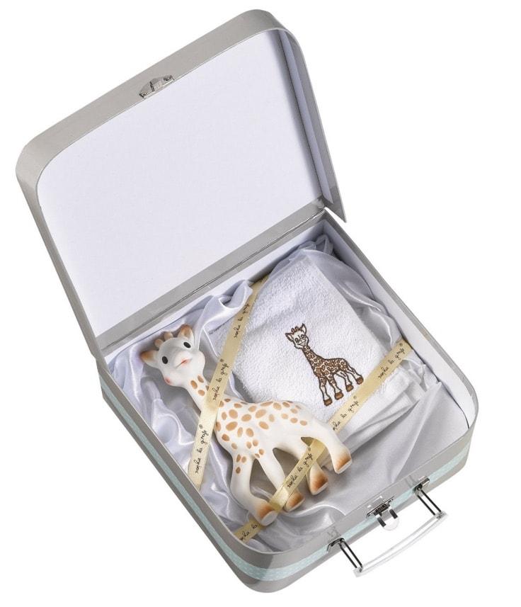 Sophie la Girafe 516344 - Maletita regalo, incluye juguete y toallita
