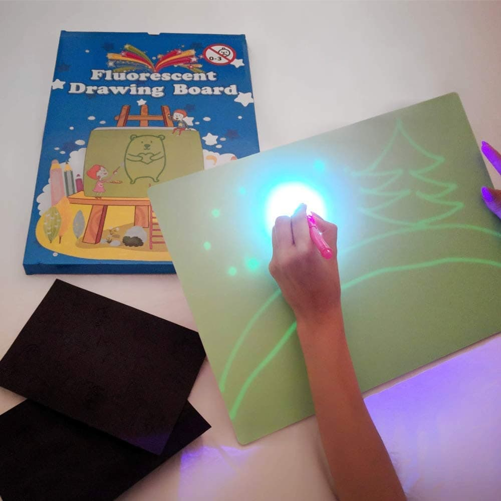 iLight - Pizarra Infantil Mágica de Dibujo con Luz Real