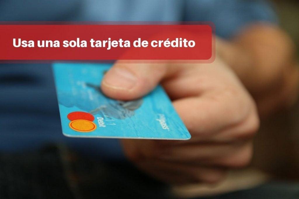 Utiliza una sola tarjeta de crédito