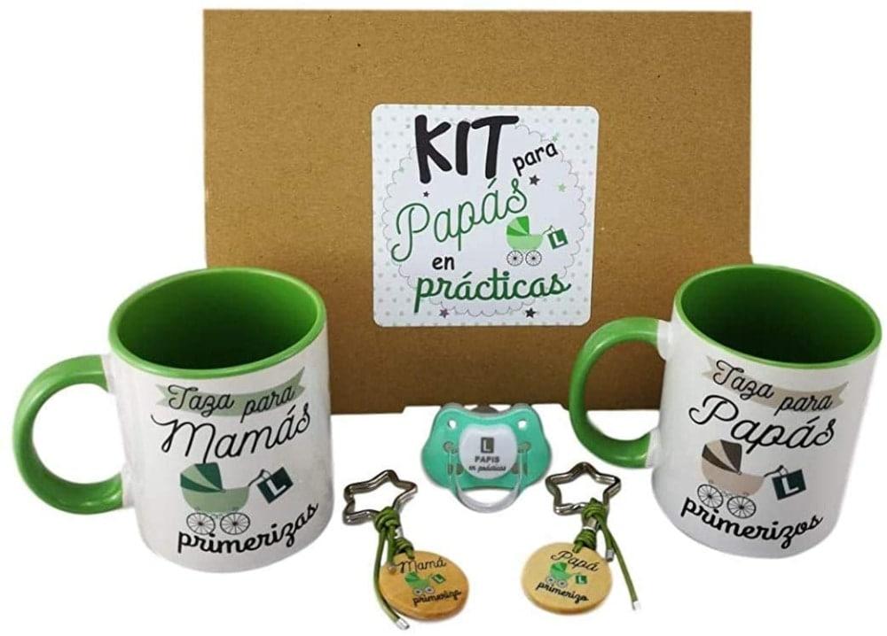 un regalo gracioso para padres primerizos: Kit Chupete + 2 Tazas + 2 LLAVEROS